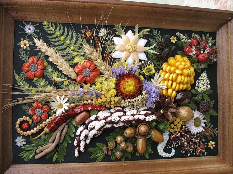 Поделка цветочная фантазия из природного материала 91
